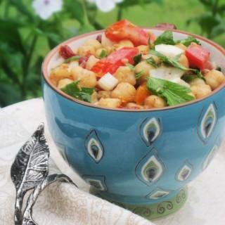 The Best Balela (Mediterranean Chickpea Salad)