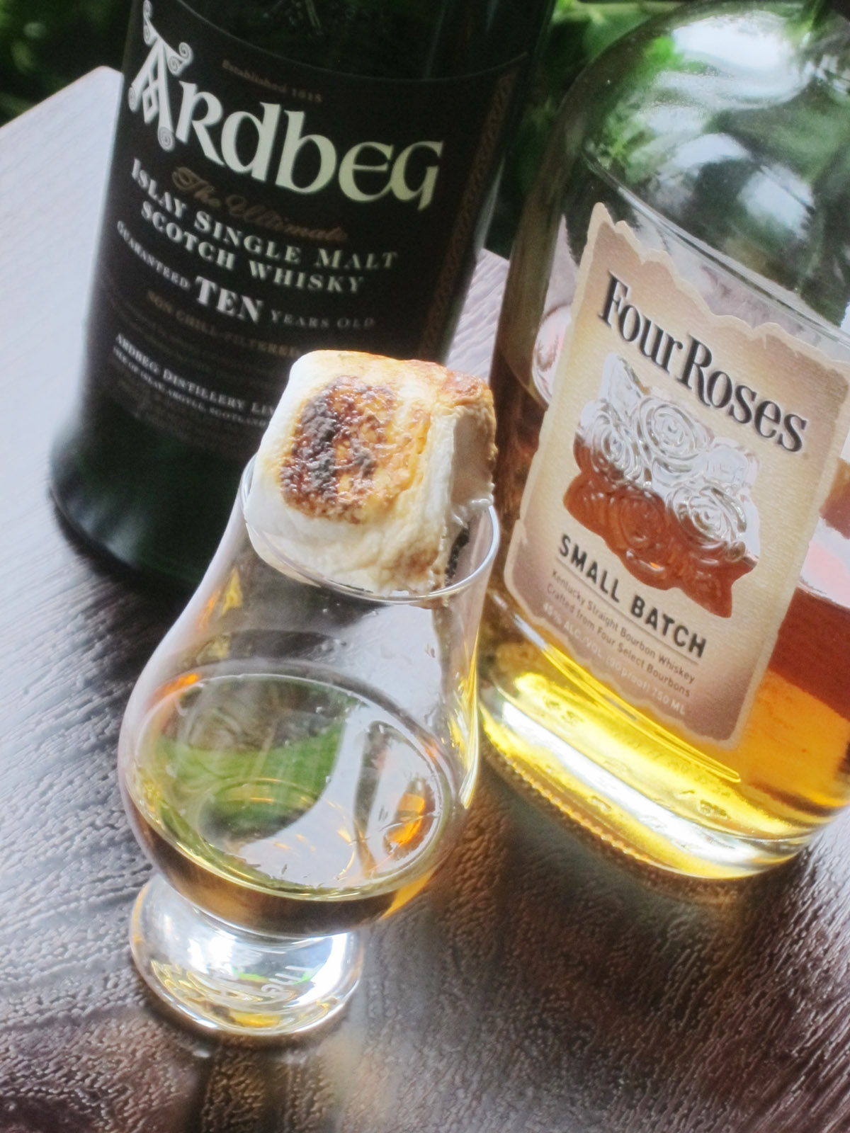 Photo: Toasted Marshmallaw Paired With Whisky Bourbon Ardbeg