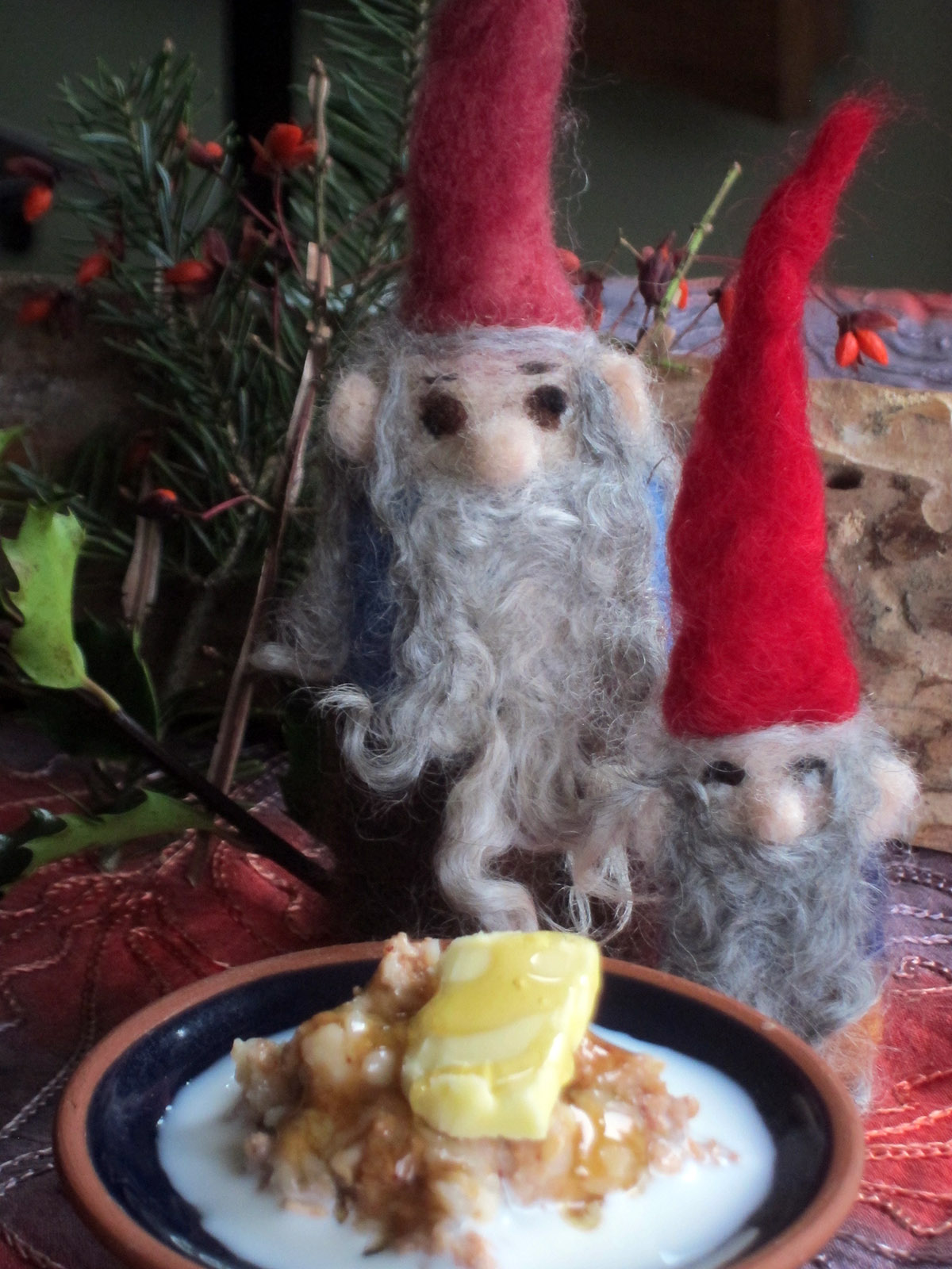 Nisse-with-porridge