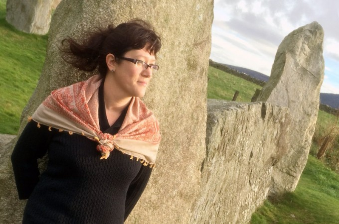 Live - The Yum Queen at a stone circle