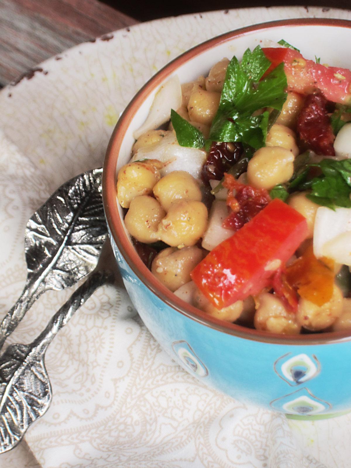 The Best Balela Mediterranean Chickpea Salad (close up)